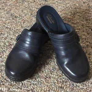 Clarks Blue Clogs - Size 7.5